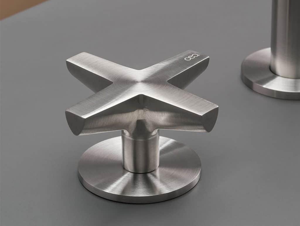 Ceadesign Armatur Cross Detail Griff