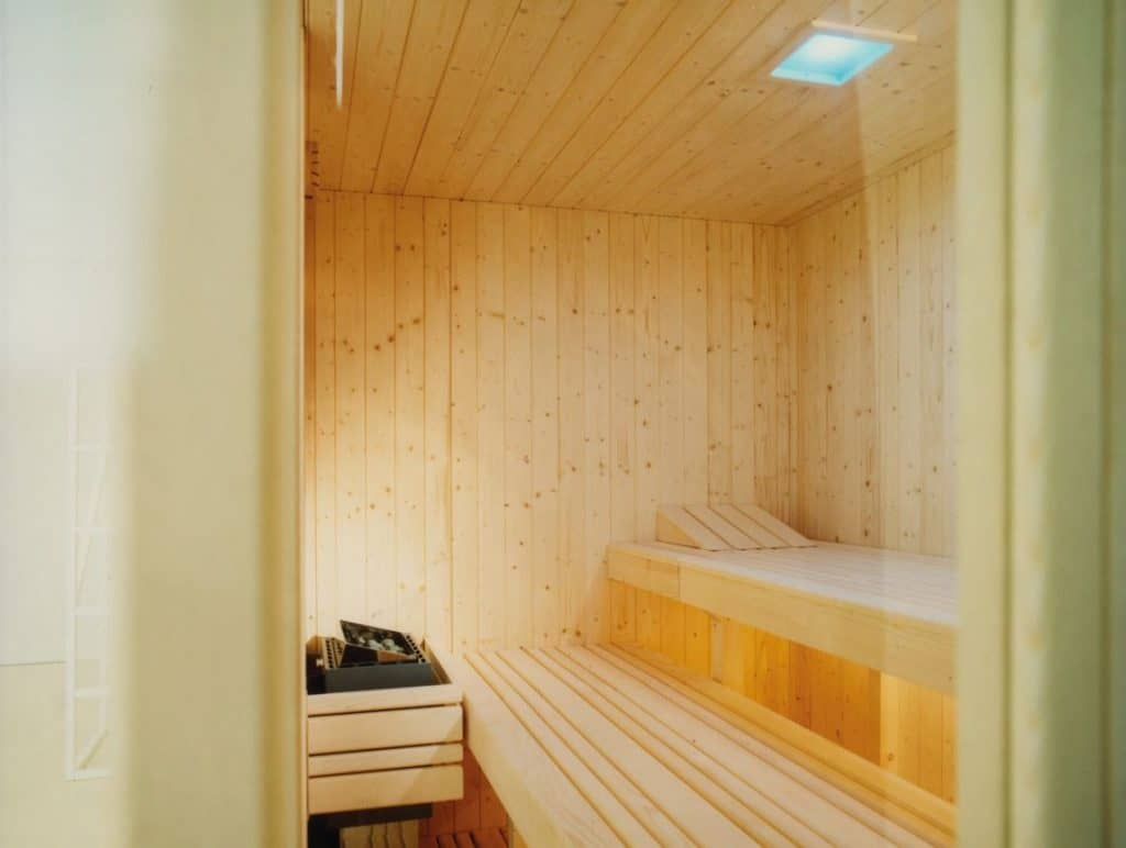 Effegibi finishe Sauna Auki